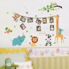 Decal dán tường khung ảnh động vật hươu cao cổ cho bé SK9206