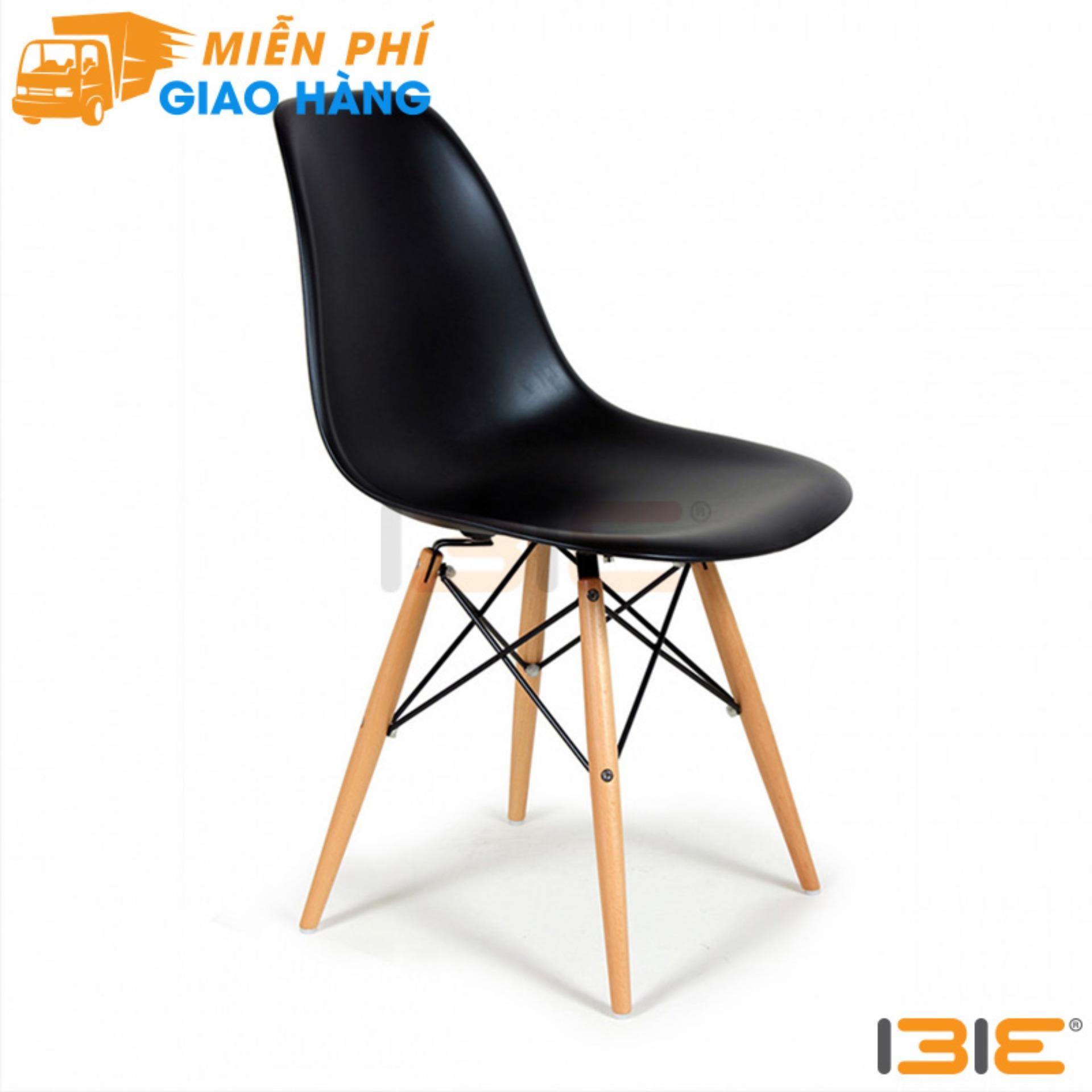 Ghế Eames chân gỗ màu đen