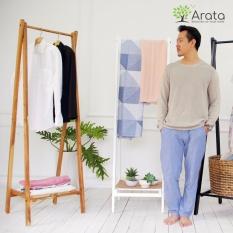 Giá treo quần áo bằng gỗ thương hiệu Arata
