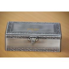 Mẫu hộp đựng đồ trang sức cá nhân bằng kim loại được làm với nguyên liệu hợp kim kẽm cao cấp mạ bạc 04