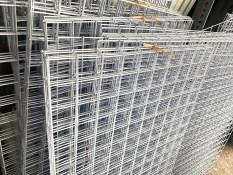Lưới sắt treo đồ sơn tĩnh điện 50x100cm – Màu Trắng