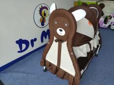 Giường nôi hình Gấu cho bé màu nâu