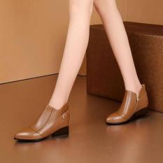 Giày boot nữ ROSATA bệt 3cm RO182