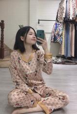 Bộ đồ ngủ pijama dài tay lụa cao cấp Satin họa tiết mickey nâu siêu đẹp ( Hàng loại đẹp)