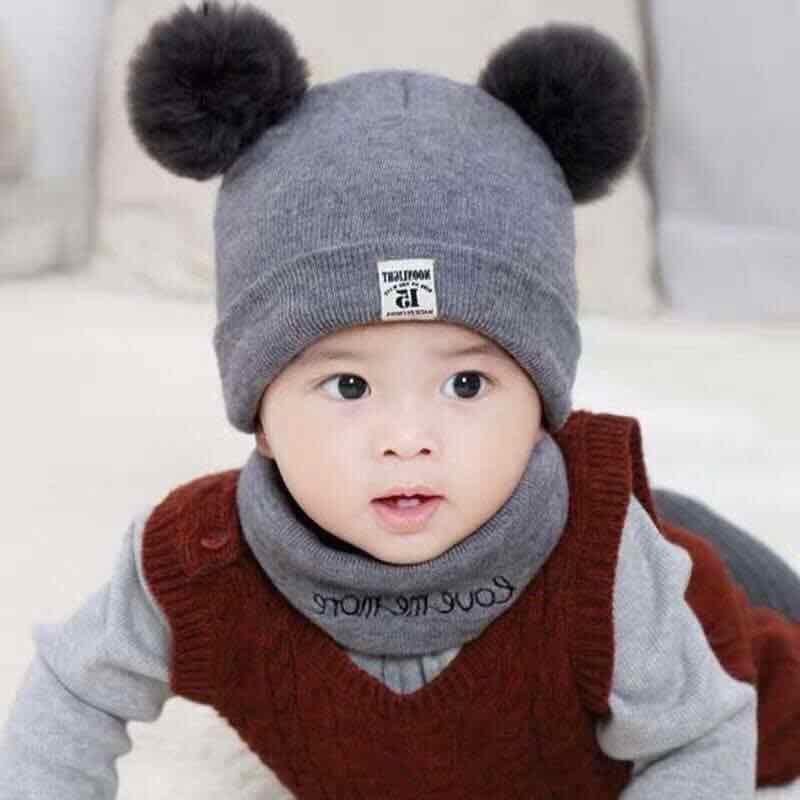 Mũ len 2 quả bông kèm khăn quàng cổ cho bé