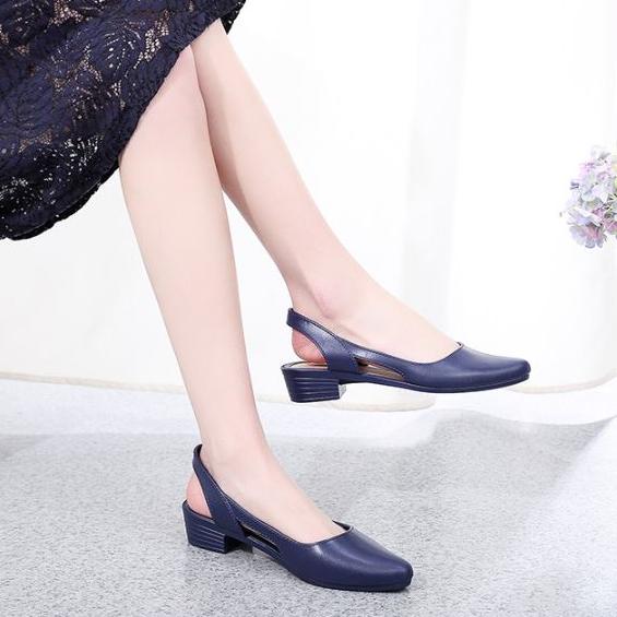 Sandal nữ đi mưa Alina cao 3.5p thời trang mới nhất V241