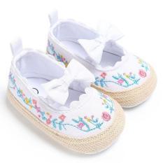 Giày tập đi cho bé gái 0-18 tháng tuổi họa tiết thêu phối nơ công chúa BBShine – TD2
