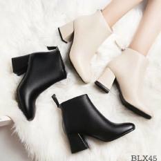 Bốt nữ Giày nữ kiểu dáng trẻ trung cá tính; Chất liệu da tổng hợp mềm kết hợp thiết kế độn đế 6cm, đế vuông sang chảnh