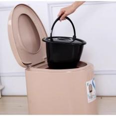 Bô vệ sinh, bô di động cho người già và người ốm, có nắp đậy, quai xách vô cùng chắc chắn không kèm ống giấy