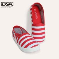 Giày slipom bé gái D&A EP G1936 kẻ đỏ