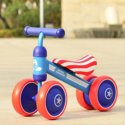 Xe Chòi Chân Thăng Bằng 4 bánh. màu xanh Cho Bé ( loại đắt)