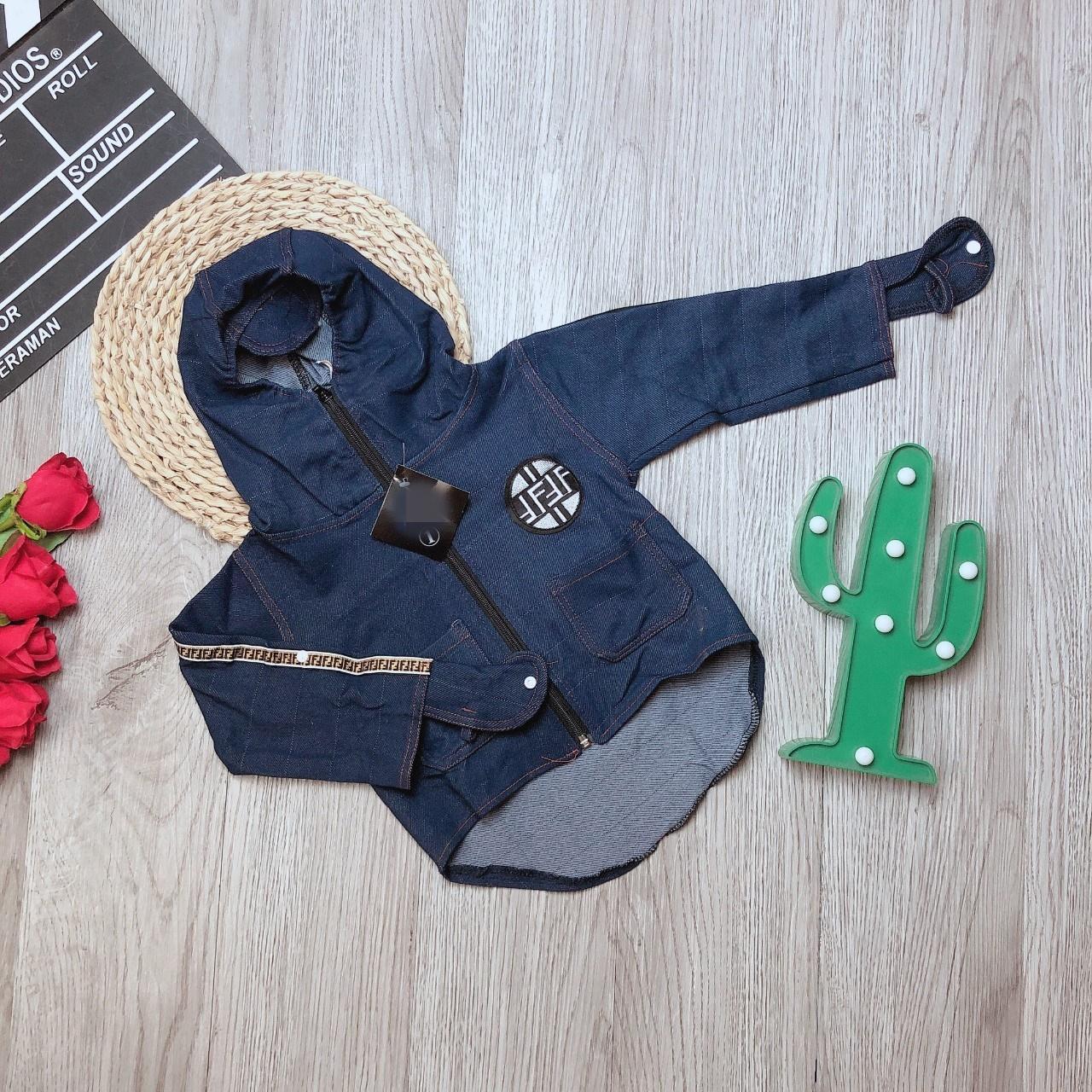 Áo khoác trẻ em chất jean bò( Xanh) cho bé trai bé gái từ 1 tuổi đến 9 tuổi cân...