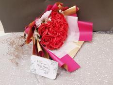 Hoa hồng sáp thơm bó 18 bông quà tặng sang trọng ảnh thật