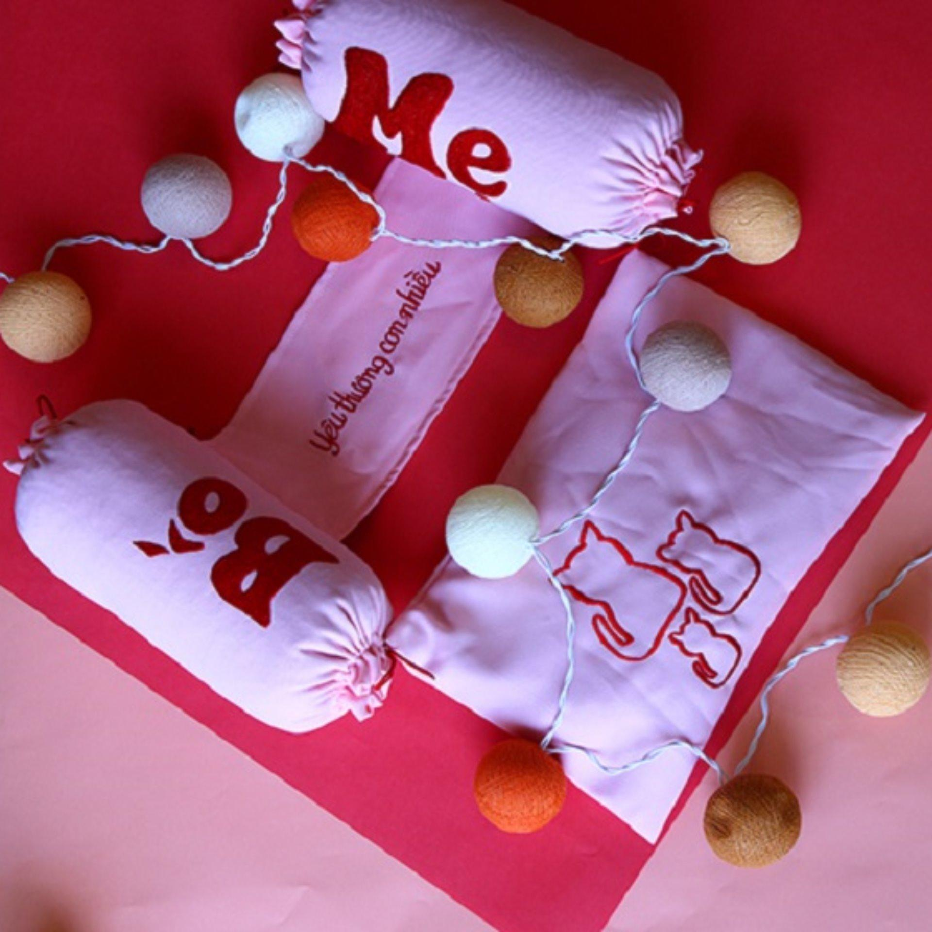 Bộ gối chặn vỏ đậu xanh trẻ sơ sinh handmade cao cấp H2C hồng nhạt (vải text chéo)