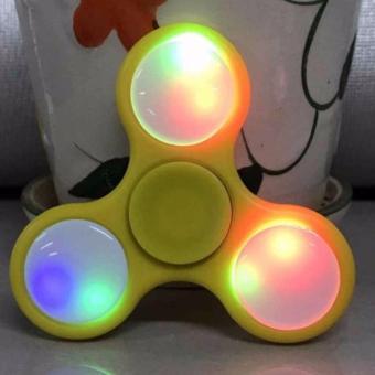 Con Quay Giảm Stress Hand Spinner Kiêm Đèn Led có pin bật tắt - 8235485 , LA654TBAA3LVK3VNAMZ-6404067 , 224_LA654TBAA3LVK3VNAMZ-6404067 , 78000 , Con-Quay-Giam-Stress-Hand-Spinner-Kiem-Den-Led-co-pin-bat-tat-224_LA654TBAA3LVK3VNAMZ-6404067 , lazada.vn , Con Quay Giảm Stress Hand Spinner Kiêm Đèn Led có pin bật tắ