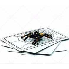 Đồ chơi ảo thuật lá bài biến ra con nhện