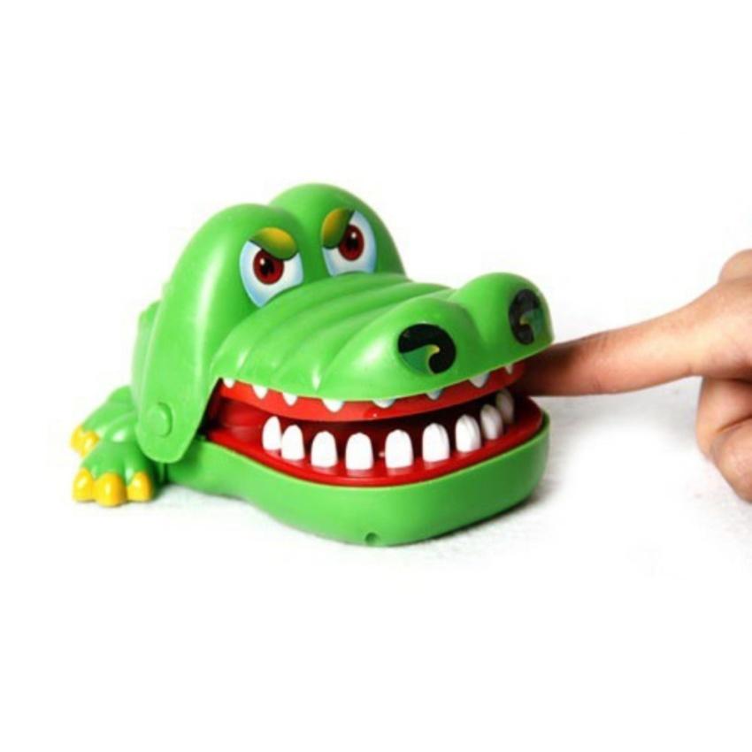Hình ảnh Đồ chơi Cá Sấu kẹp tay hình cá sấu (Xanh lá)