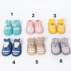 Giày tập đi mẫu mới cho bé