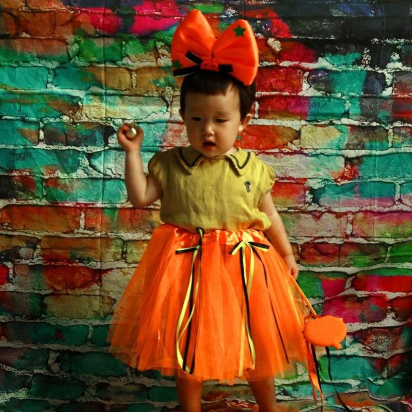 Hình ảnh Girl Bow Knot Halloween Pumpkin Sequins Grenadine Skirt Head Band Set - intl