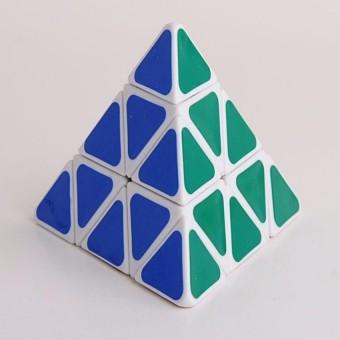 Rubik biến thể tăng độ khó hình tam giác
