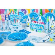 Set bàn tiệc trang trí sinh nhật Hoàng tử