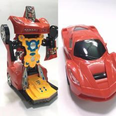 Xe ô tô biến hình siêu nhân