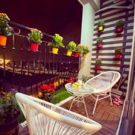 Bộ bàn ghế ban công ngoài trời RIBO HOUSE giả mây cao cấp ngồi uống cafe trà nội thất hành lang phòng khách RIBO43