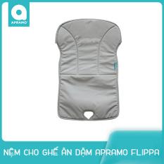 Nệm cho Ghế ăn dặm gấp gọn siêu nhẹ Apramo Flippa Dining Booster cho bé từ 6 tháng đến 3 tuổi có thể đi du lịch