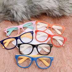 kính mát cho bé BY02 kính mát thời trang, quà tặng cho bé nhân ngày quốc tế thiếu nhi 1/6, gọng kính mền dẻo, chòng kính an toàn cho mắt bé ( Tặng kèm túi kính )