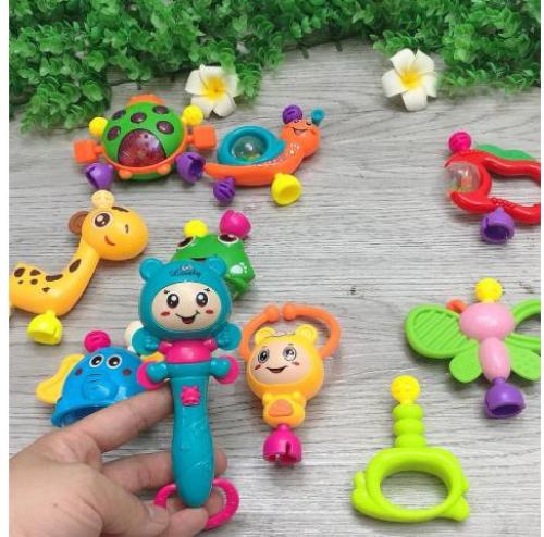 Túi đồ chơi Xúc Sắc 10 món đa màu sắc cho bé trai/ bé gái
