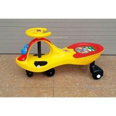 Xe lắc cho bé cỡ đại có nhạc xe lắc trẻ em sông long, chất liệu và thiết kế thông minh, đảm bảo an toàn cho trẻ sử dụng