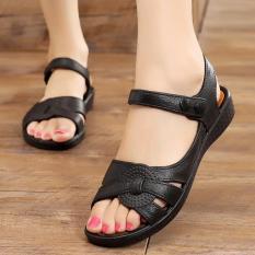 sandal cao su đúc mềm êm và bền, đi nước thoải mái, quai cúc bấm, size từ 36 đến 40, 2 màu đen và nâu