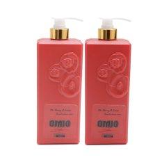 Combo 2 chai sữa tắm OMIO chống nắng dưỡng da tinh chất hoa hồng 800ml (Đỏ)