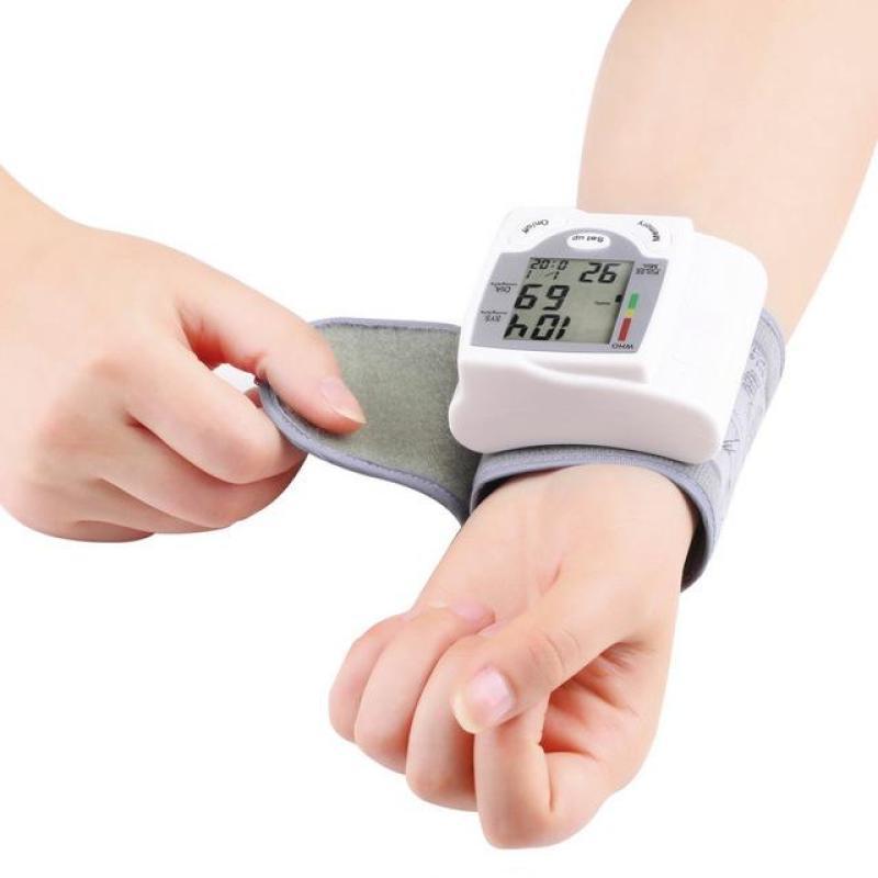 Nơi bán Đo huyết áp tại nhà - Máy đo huyết áp TTS-101S - giá ưu đãi  giao hàng toàn quốc  - BH UY TÍN bởi TINH TẾ STORE