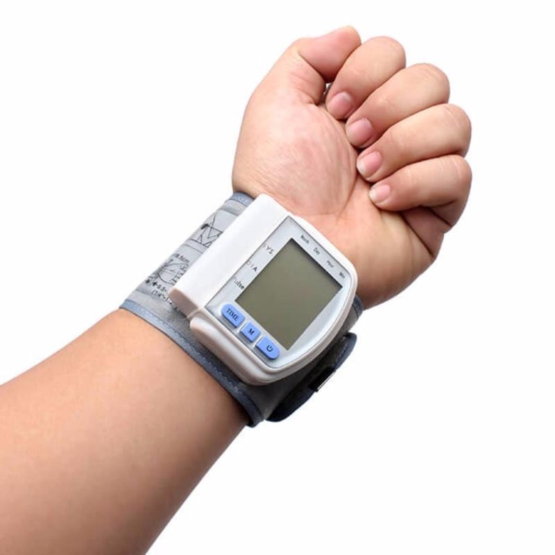 Nơi bán Máy đo huyết áp cảm biến Blood pressure