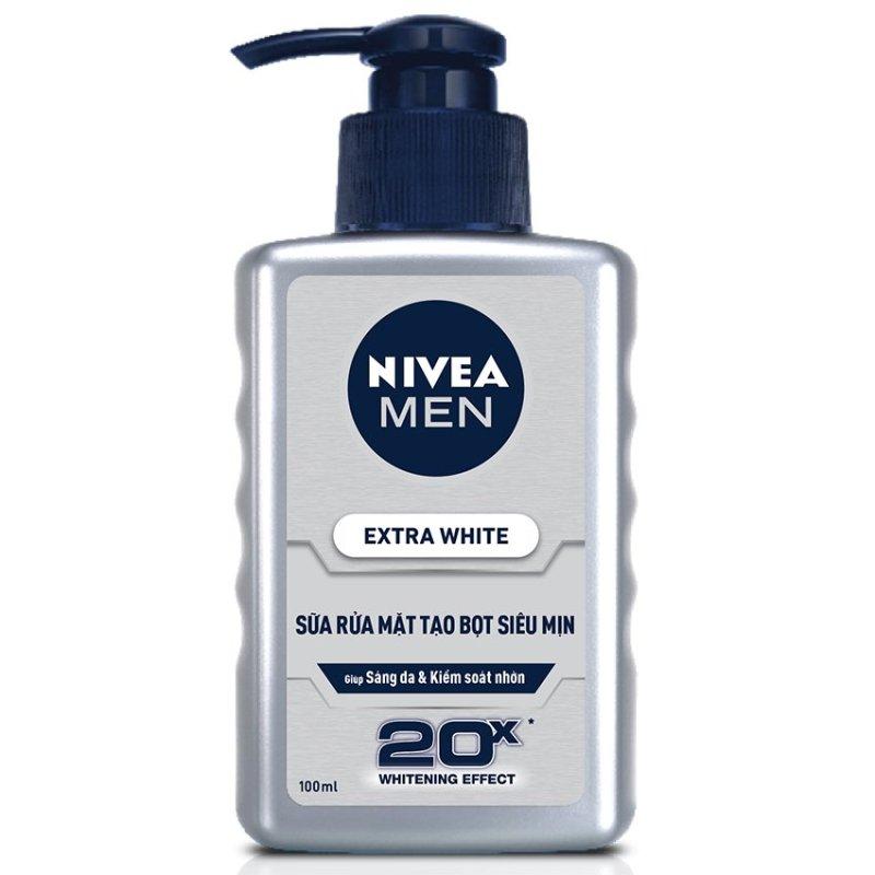 Sữa rửa mặt Nivea Men Extra White Sáng da và Kiểm soát nhờn 100ml