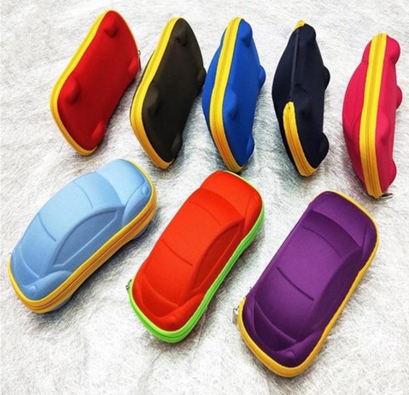 Bóp túi hộp đựng mắt kính hình xe hơi ngộ nghĩnh, có bọc vải mềm mại, thiết kế xinh xắn màu sắc tươi sáng cho bé cưng
