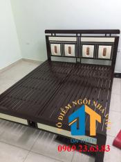 Giường sắt kiểu hộp kích thước 1m8 x 2m mẫu 02