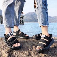 Sandal nam và nữ siêu đẹp mới.DUNGFC( phom nhỏ chọn tăng 1 size ạ)