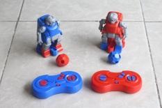 Cặp robot đá bóng điều khiển thông minh JT8911