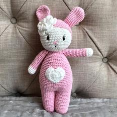 Thỏ Pipo hồng tim trắng