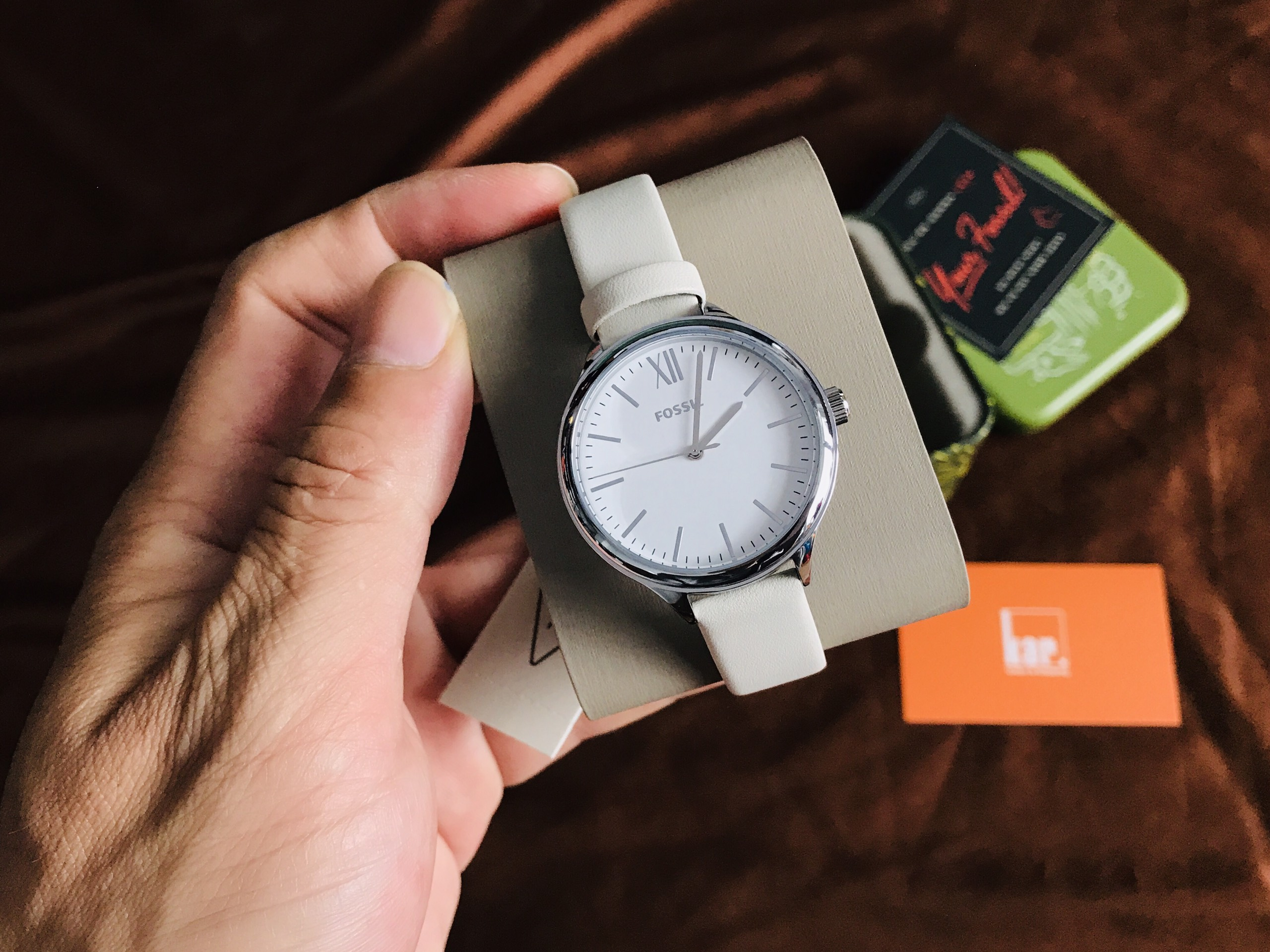 Đồng hồ Nữ Fossil BQ8003 Suitor Three-Hand White Leather Watch