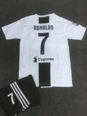 Bộ bóng đá Siêu Sao RONALDO Juventus 2019!