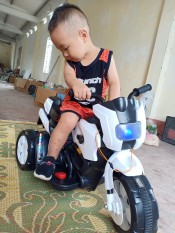 xe máy điện cho bé – xe máy chạy điện bình cho bé – xe máy đạp ga cho bé – oto điện – quà tặng sinh nhật