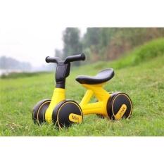 Xe Chòi Chân Cho Bé 4 Bánh Tự Cân Bằng Xe chòi chân có đèn nhạc cao cấp Hỗ trợ cho bé giữ thăng bằng dễ dàng MonShop