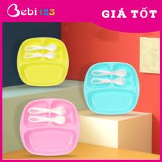 Khay ăn 3 ngăn Babuu Nhật Bản kèm muỗng nĩa cho bé