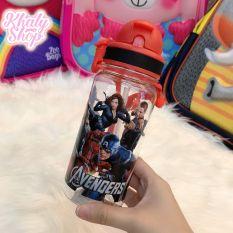 Bình nước có ống hút và dây đeo hình nhân vật Avengers, Pony, Frozen, Car, Spiderman dành cho các bé – 350ml – 3675
