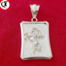 Mặt dây chuyền nam Bạc Quang Thản hình chữ nhât gắn hình Ngựa bay trên nền phay 100% chất liệu bạc trắng không xi mạ – QTMNA19