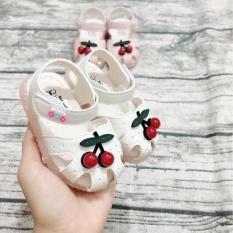 Giày tập đi cho bé gái cherry màu trắng