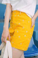 Quần short túi hộp hoa nhí thời trang nữ Gago Sewed Tiny Daisy Short GO2607